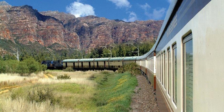 Train African Explorer en route
