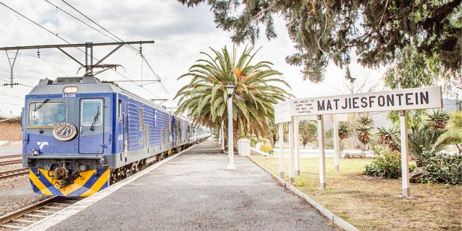 Train Bleu en gare